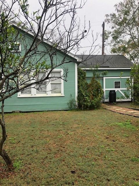 431 Cole #b Property Photo