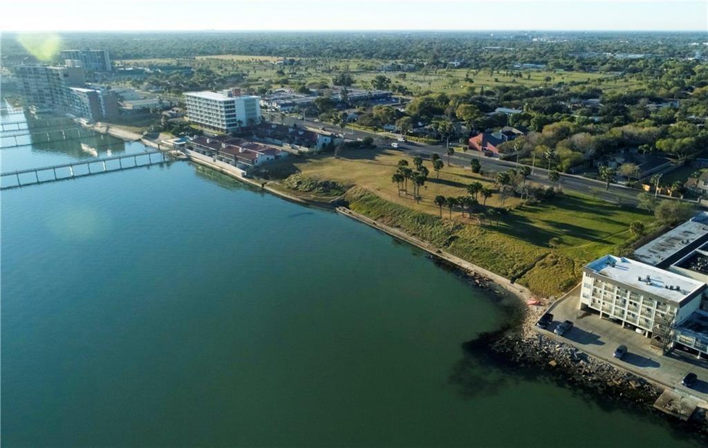 4232 Ocean Drive Property Photo