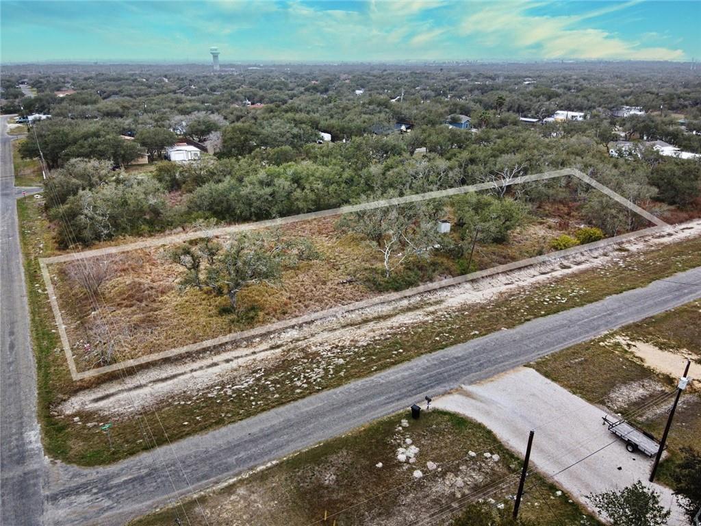 807 N Traylor Avenue Property Photo