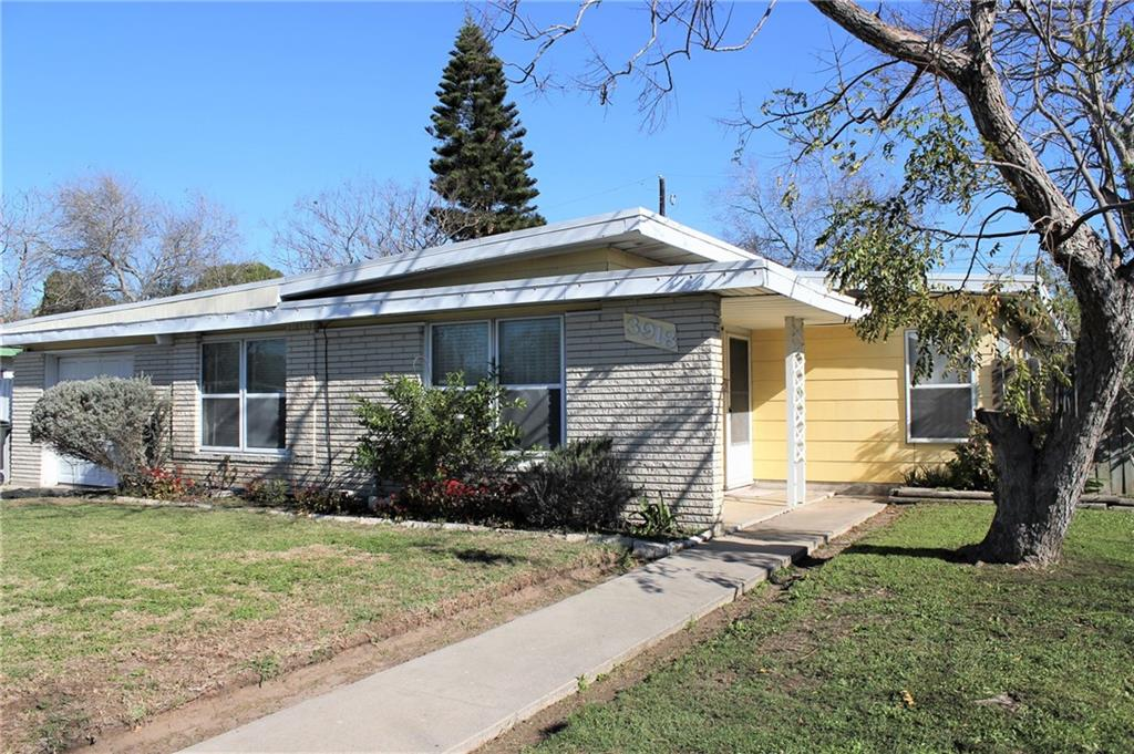 3918 Lincoln Street Property Photo