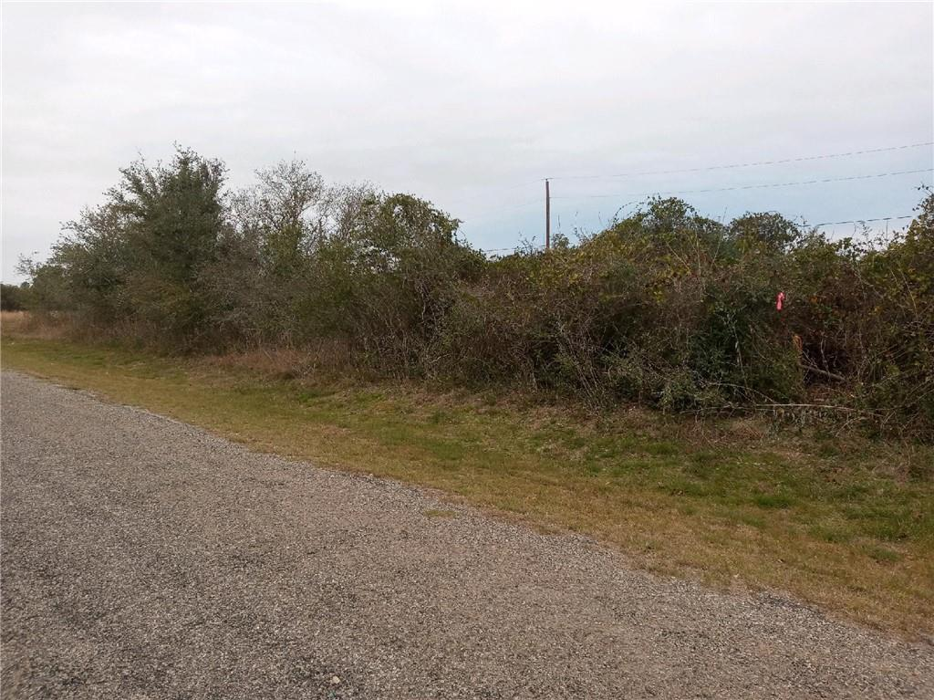 290 Woods Drive Property Photo 1