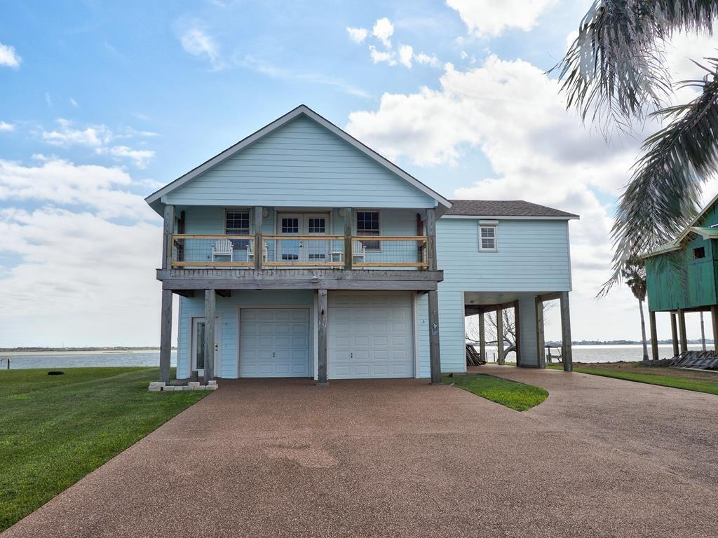 131 Copano Ridge Road Property Photo