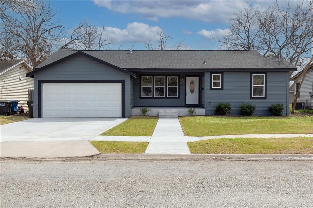627 Deforrest Street Property Photo