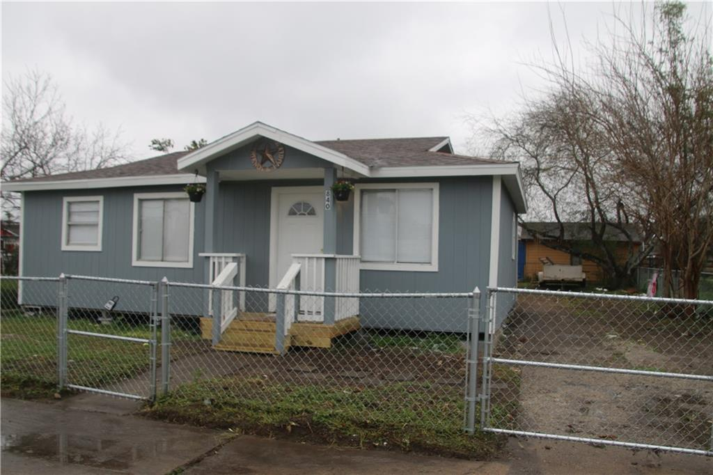 840 W Point Property Photo