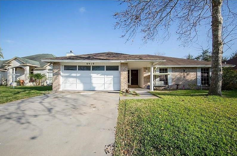 6910 Dundee Drive Property Photo
