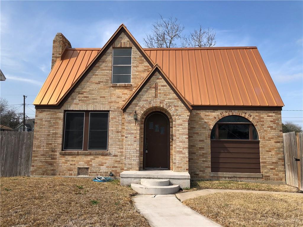 302 Southern Street Property Photo