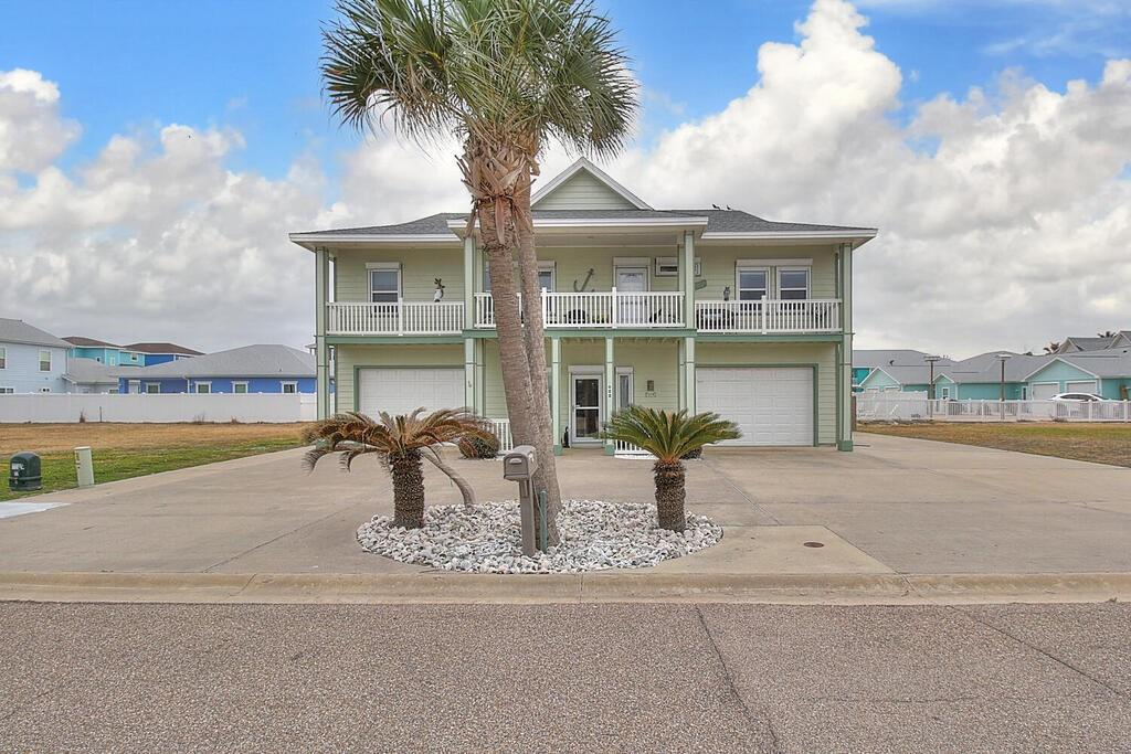 628 Oceanside Drive Property Photo