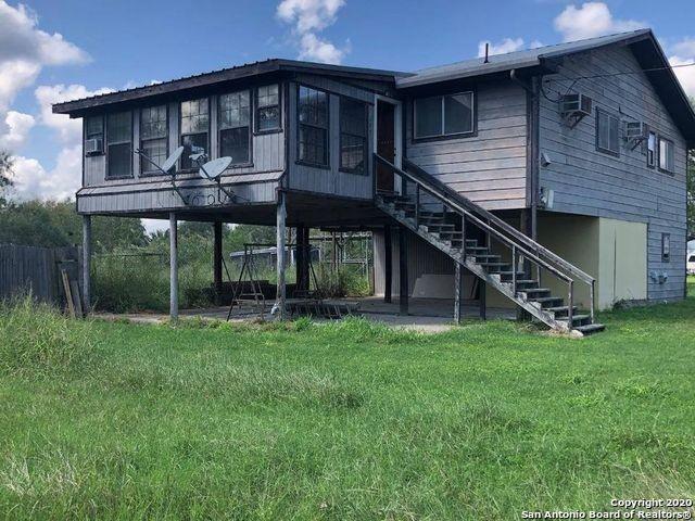 Buckeye Knoll Property Photo - George West, TX real estate listing