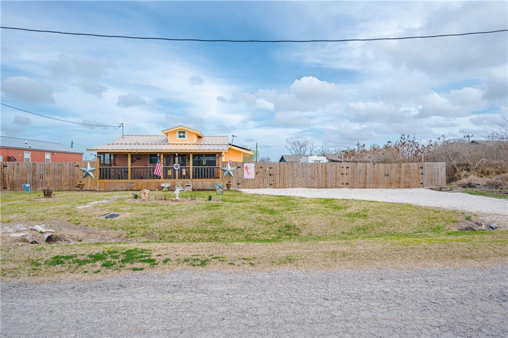 510 4th Street Property Photo - Bayside, TX real estate listing