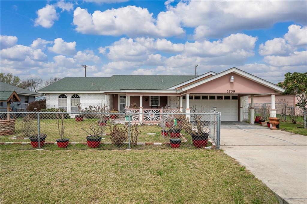 2739 Avenue E Property Photo