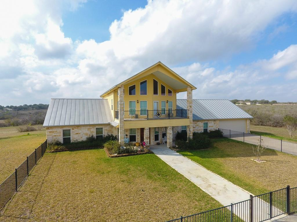 1617 W King Lane Property Photo - Normanna, TX real estate listing