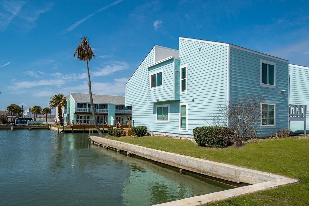 711 Lauderdale Drive Property Photo