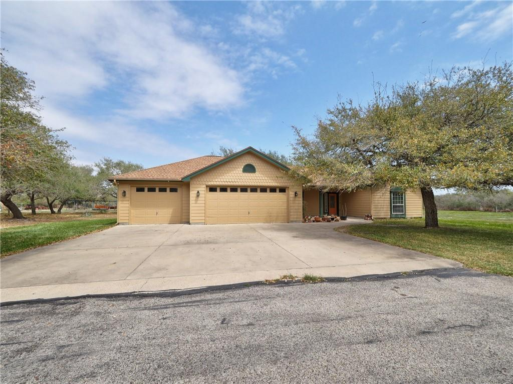 950 W Johnson Property Photo - Aransas Pass, TX real estate listing