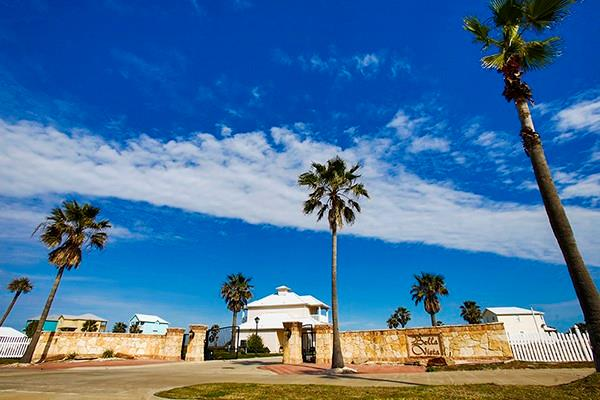 162 La Concha Boulevard #5 Property Photo