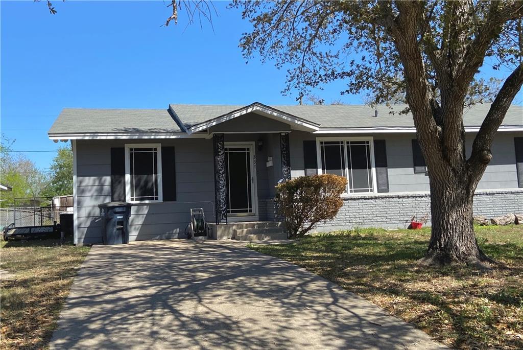 337 Woodlawn Street Property Photo