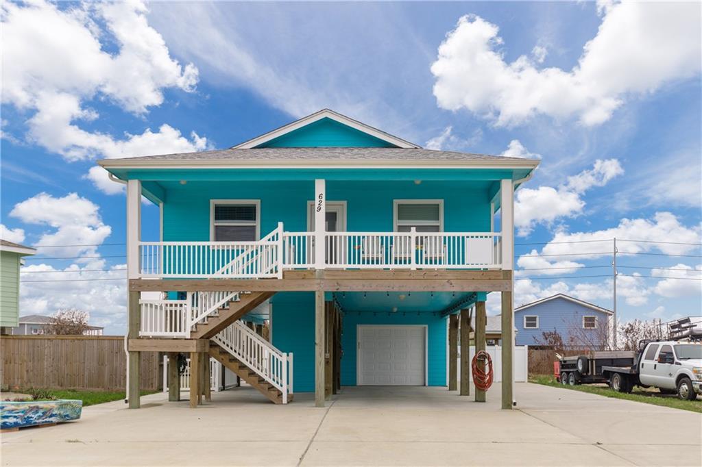 629 Dolphin Cir Property Photo