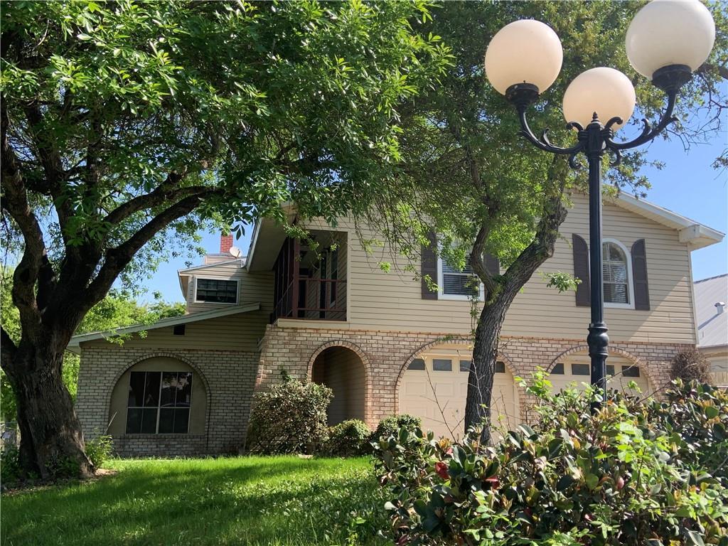 1004 W Bayview Boulevard Property Photo