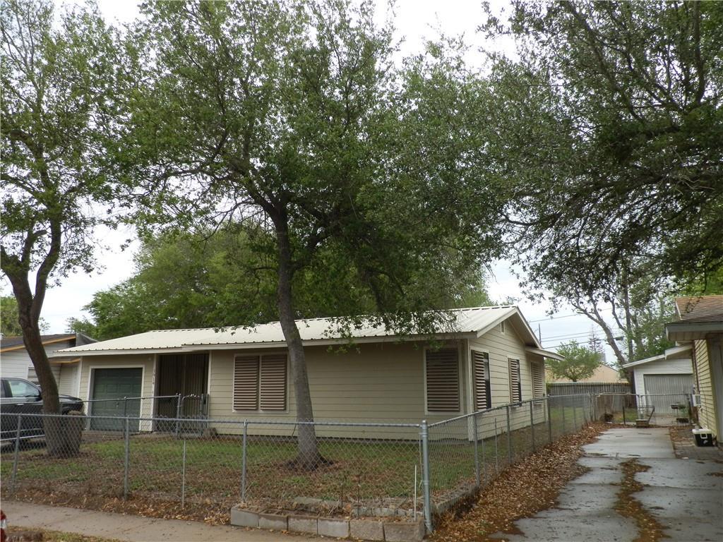 3914 Barnes Street Property Photo