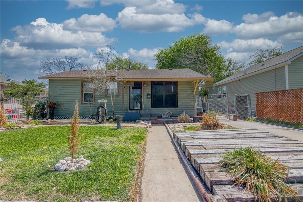 628 Huisache Street Property Photo 1
