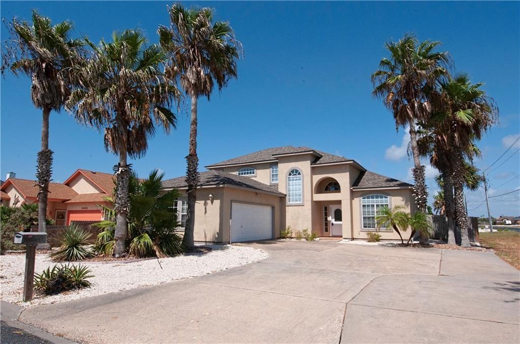 15801 Almeria Avenue Property Photo