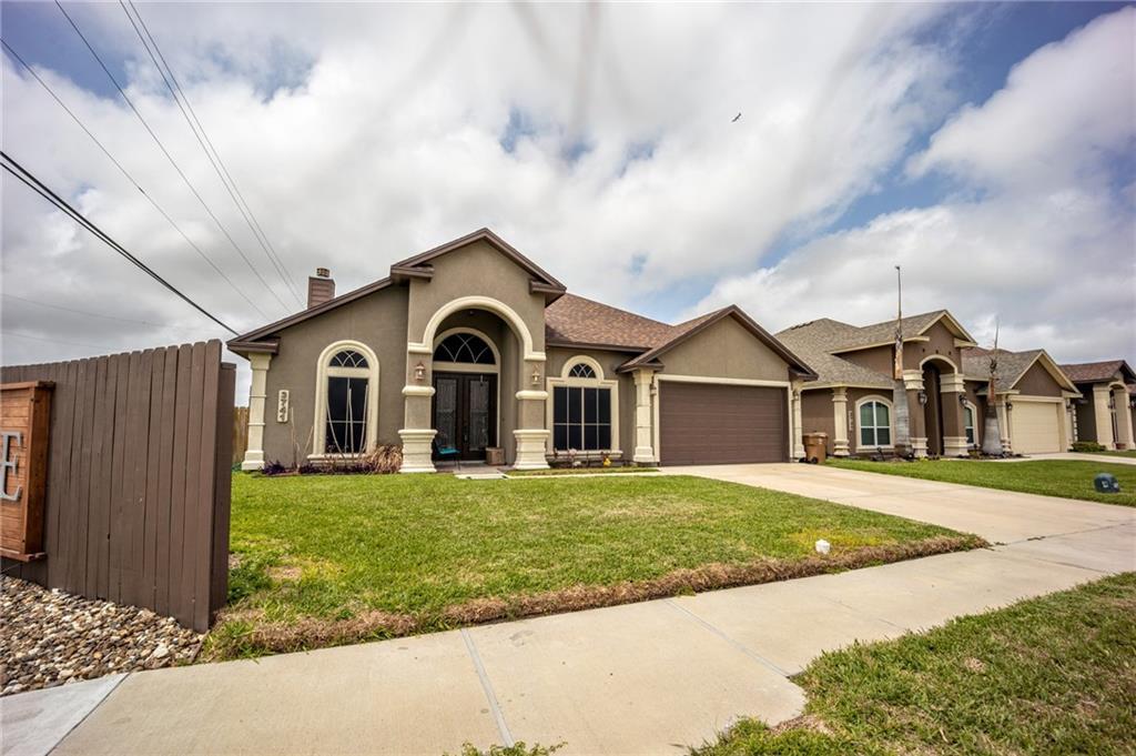 3741 S Lake Drive Property Photo