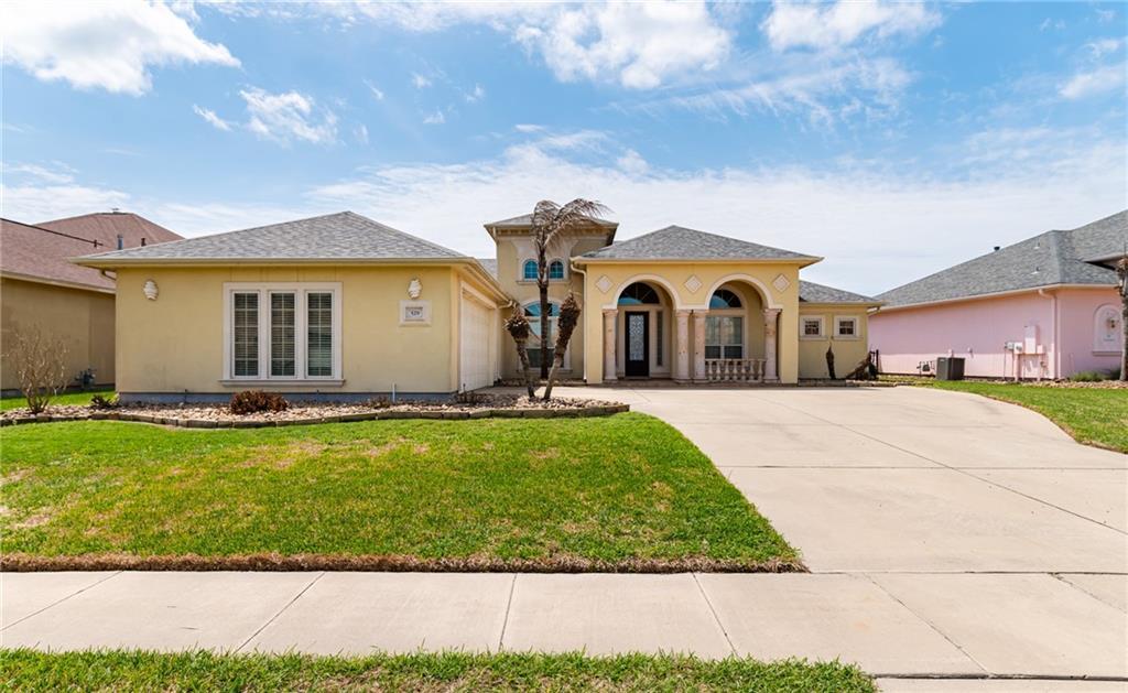 529 Pinehurst Property Photo