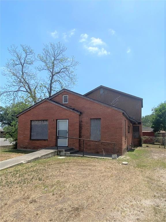 1042 E 4th Street Property Photo