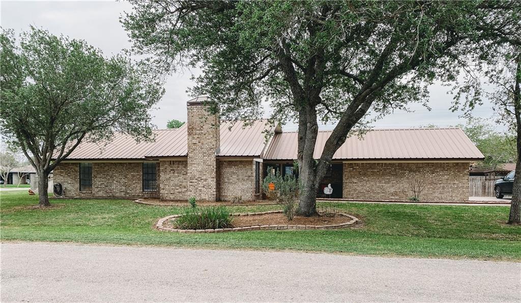 1101 Burton Street Property Photo - Woodsboro, TX real estate listing