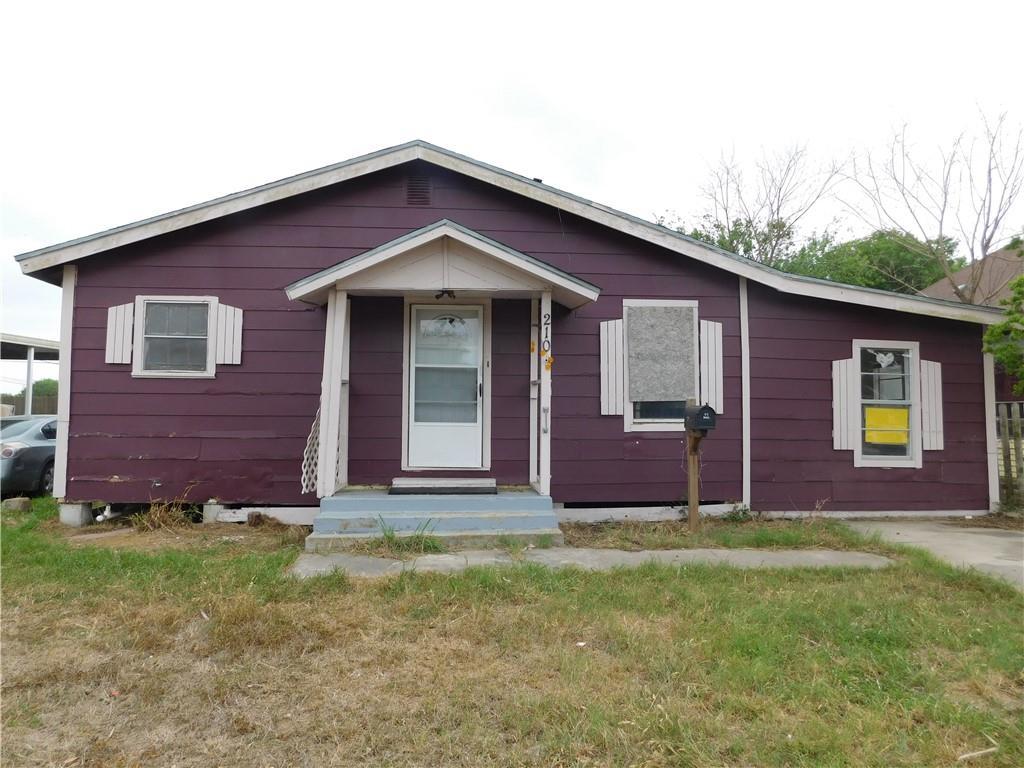 210 E 5th Street Property Photo 1