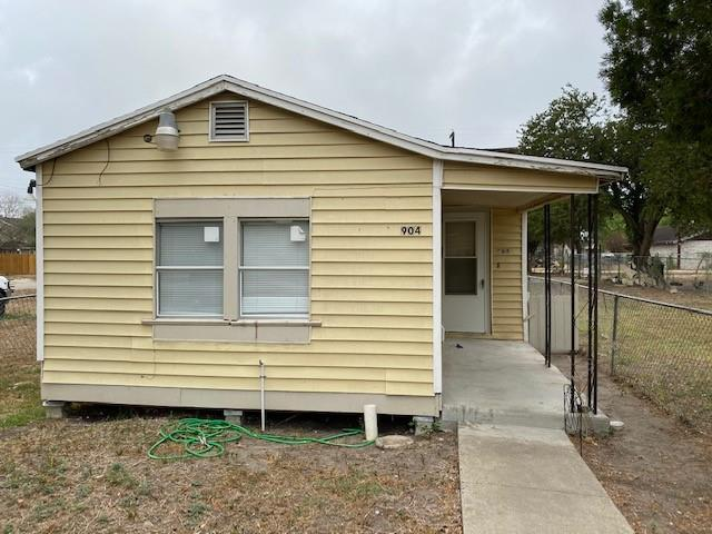 904 E Henrietta Avenue Property Photo - Kingsville, TX real estate listing
