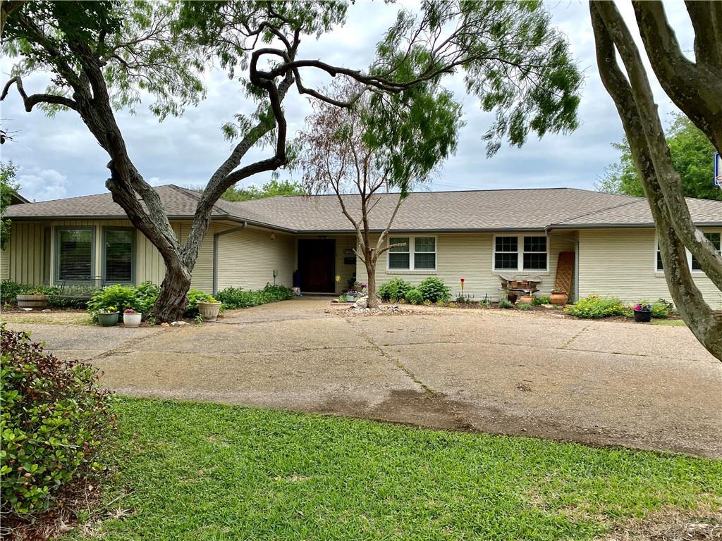 234 Bayridge Drive Property Photo