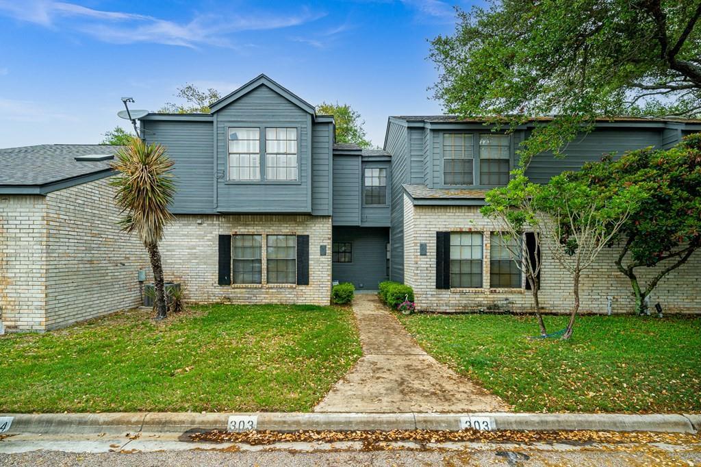 210 Oak Bay Street #303 Property Photo