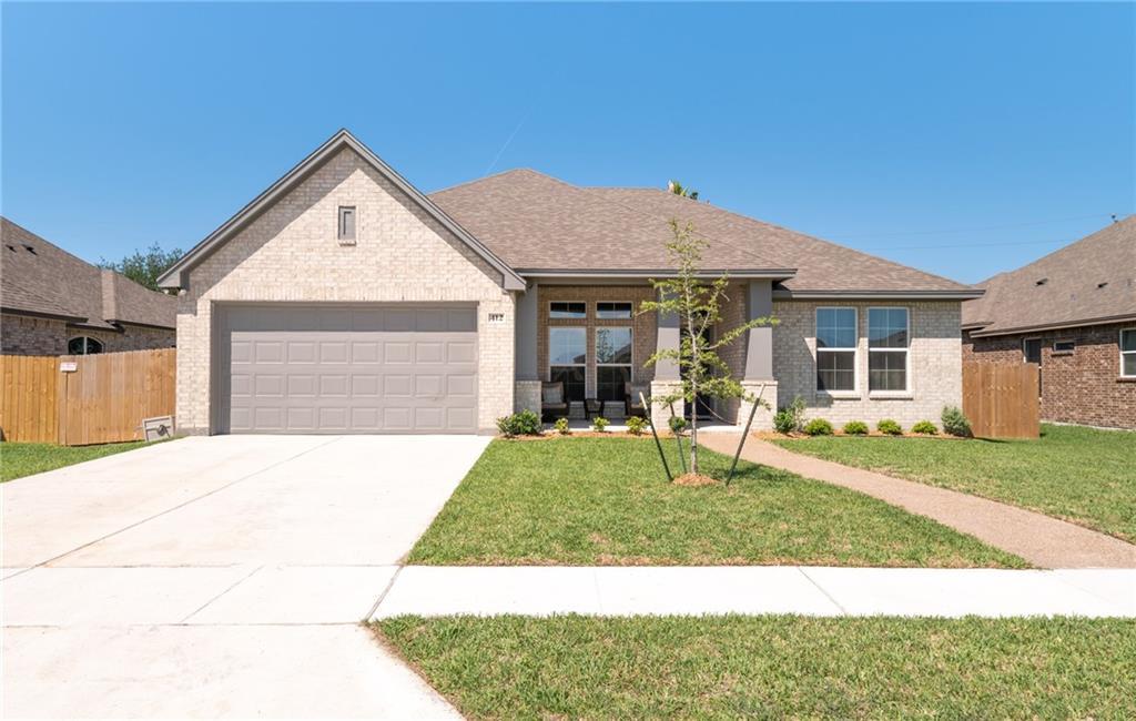 412 Gulfton Drive Property Photo 1
