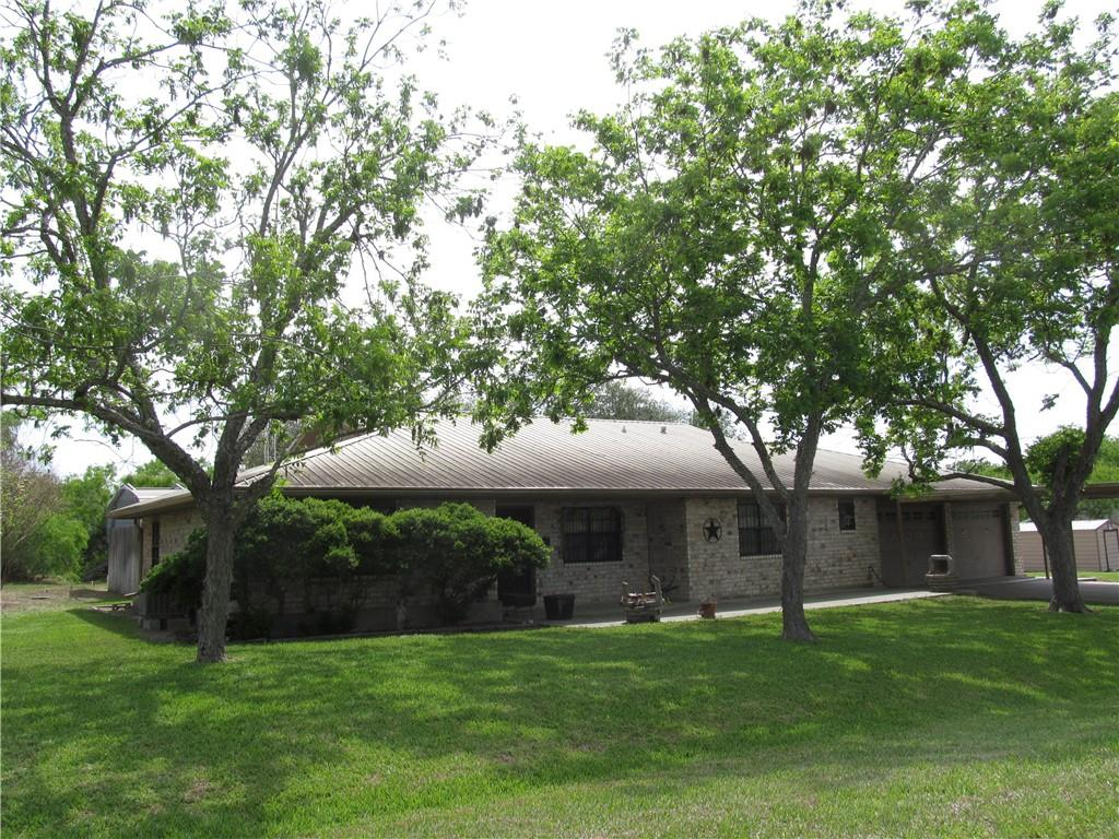 105 Laurie Lane Property Photo - Lake City, TX real estate listing