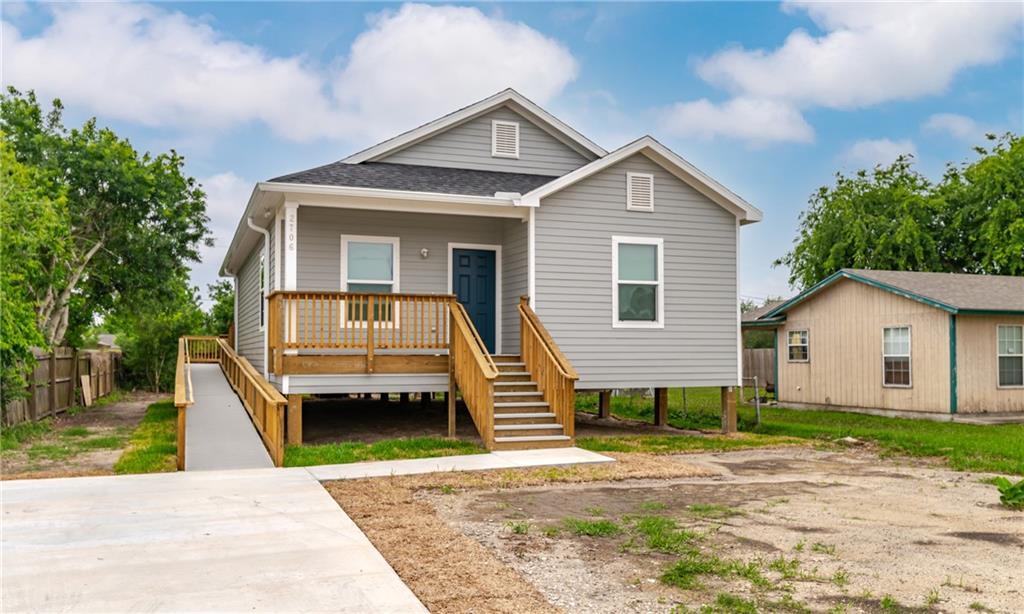 2706 Avenue D Avenue Property Photo 1