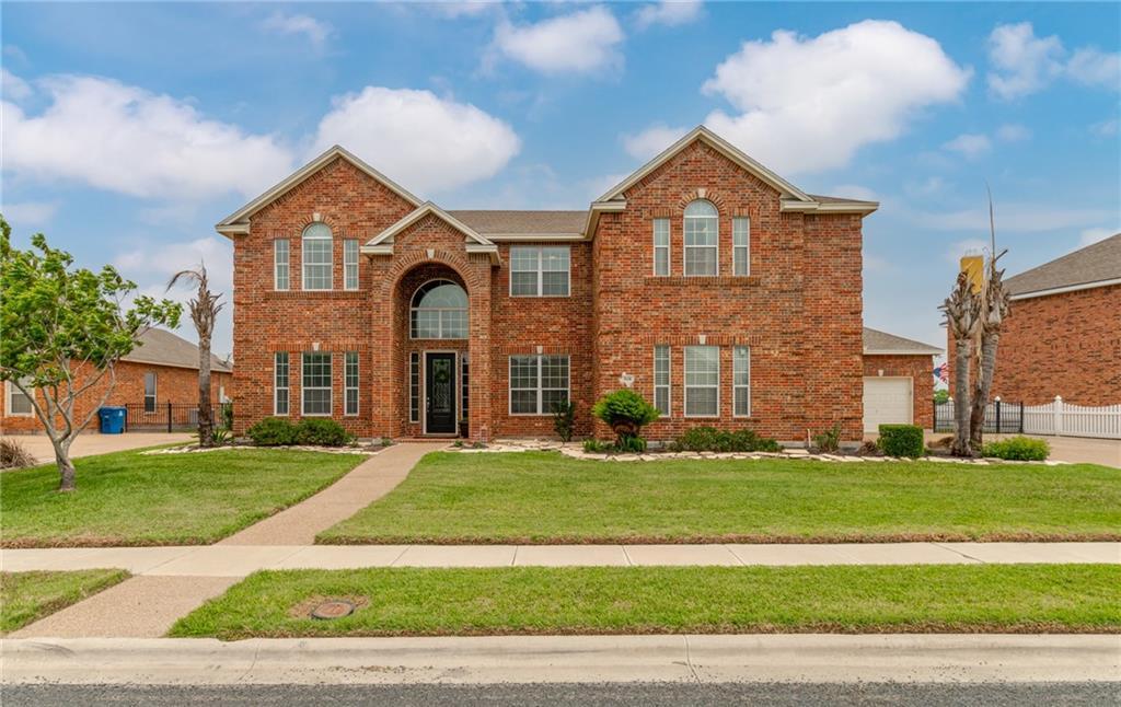 518 Pinehurst Property Photo 1
