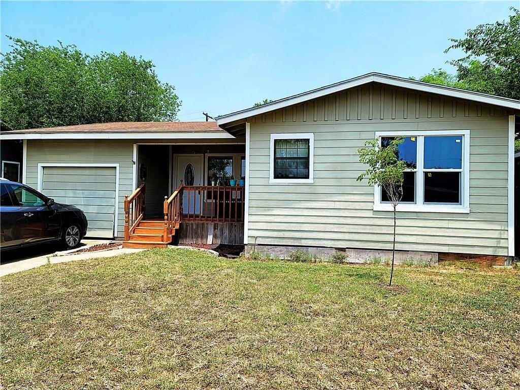 507 E Tubbs Street Property Photo - Bishop, TX real estate listing