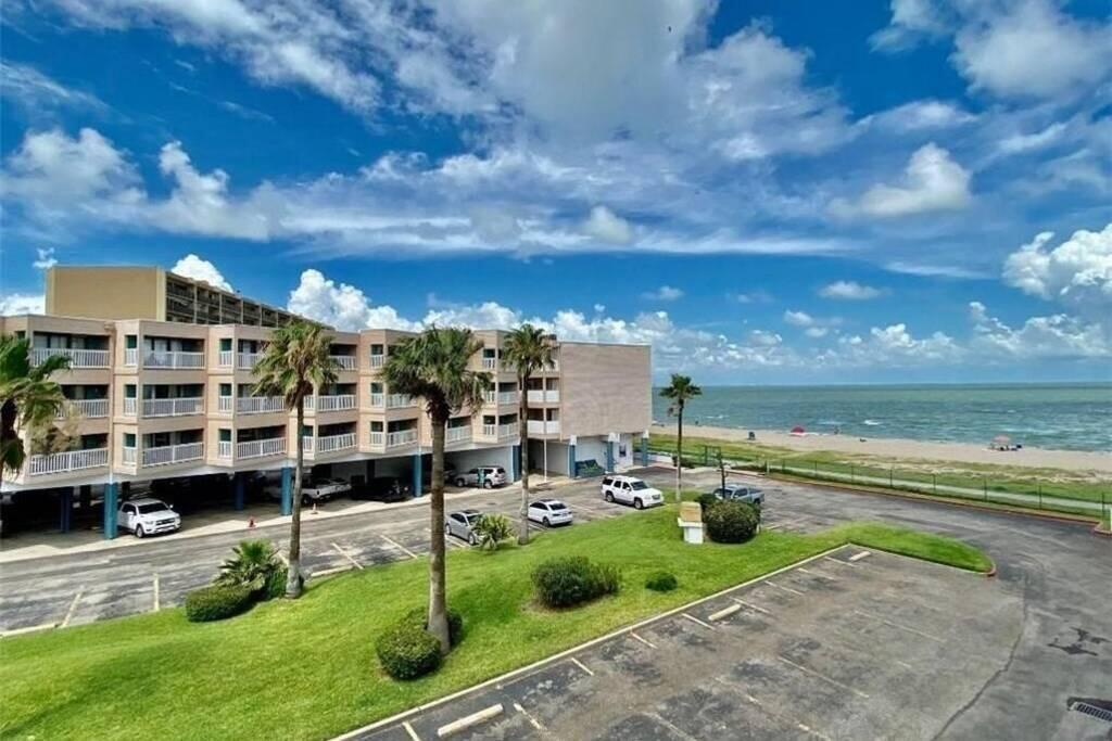3938 Surfside Boulevard #3303 Property Photo