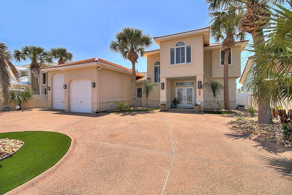 411 Piper Boulevard Property Photo 1