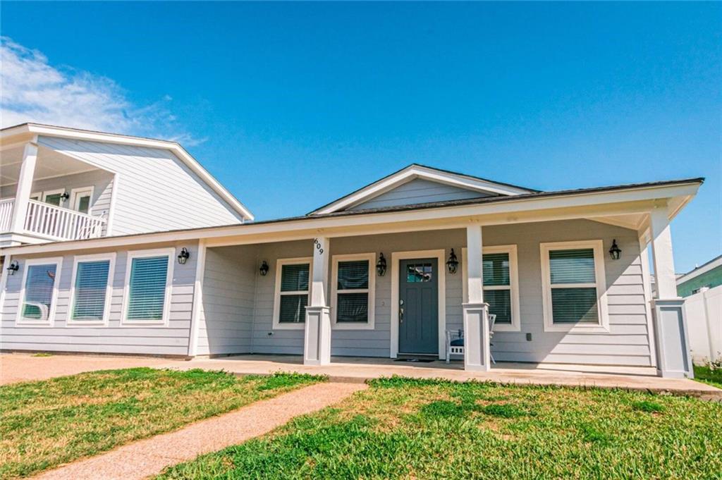 609 Sandy Lane Property Photo 1