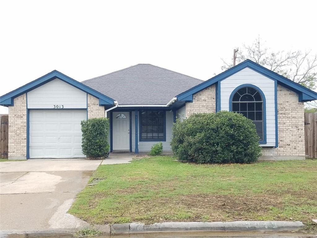 3013 Westlake Drive Property Photo 1