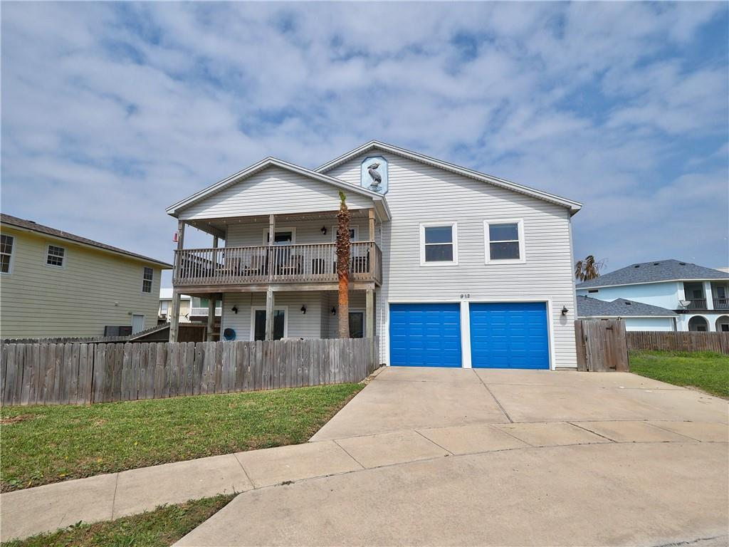 912 Whispering Sands Street Property Photo