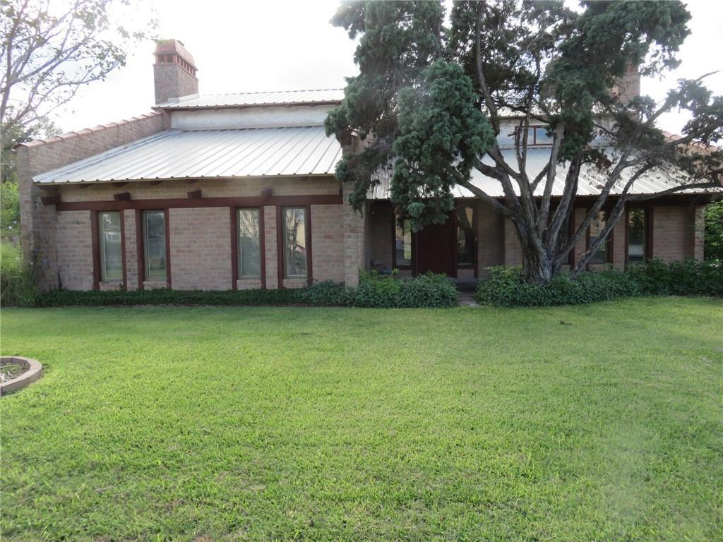 5339 E Riverview Street W #3 Property Photo 1