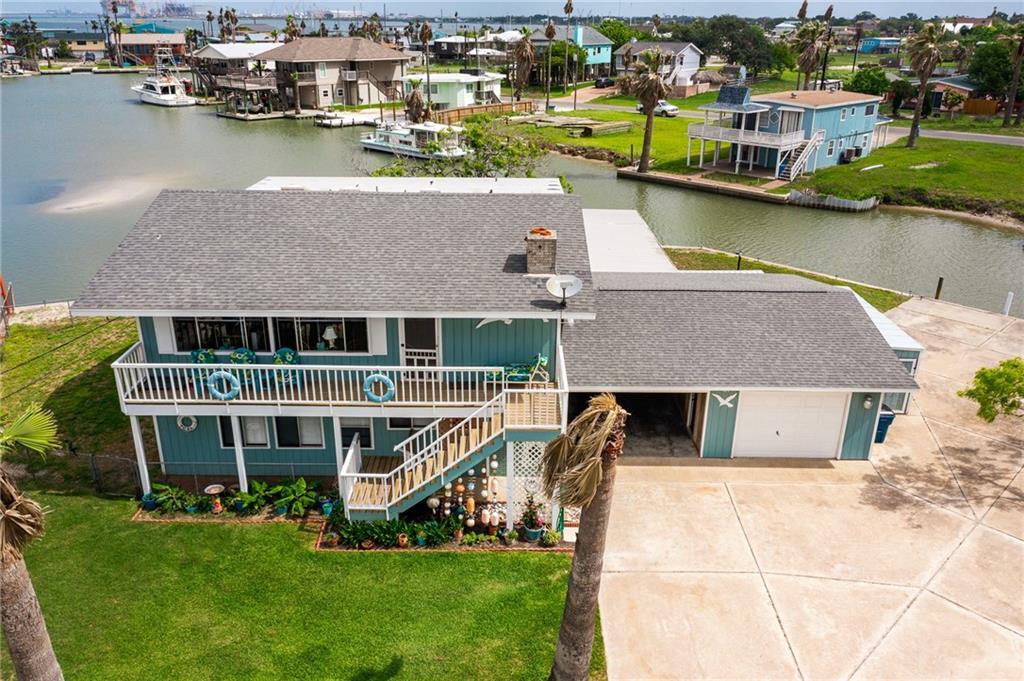 109 Bayshore Circle Property Photo 1