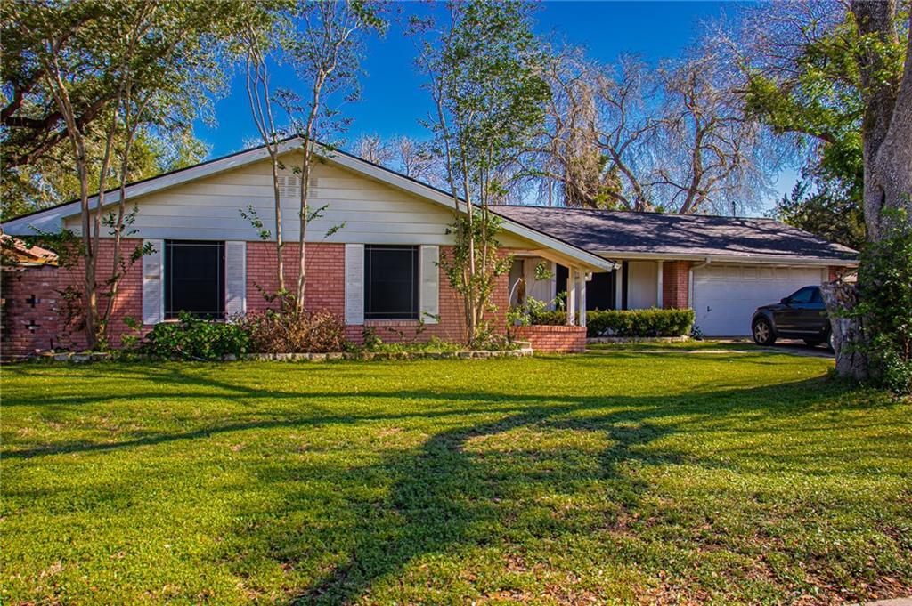 1316 Washington Drive Property Photo
