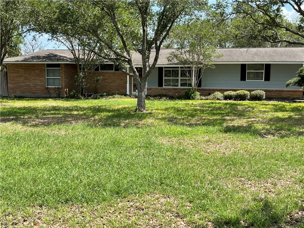 520 Meadowbrook Property Photo - Bishop, TX real estate listing