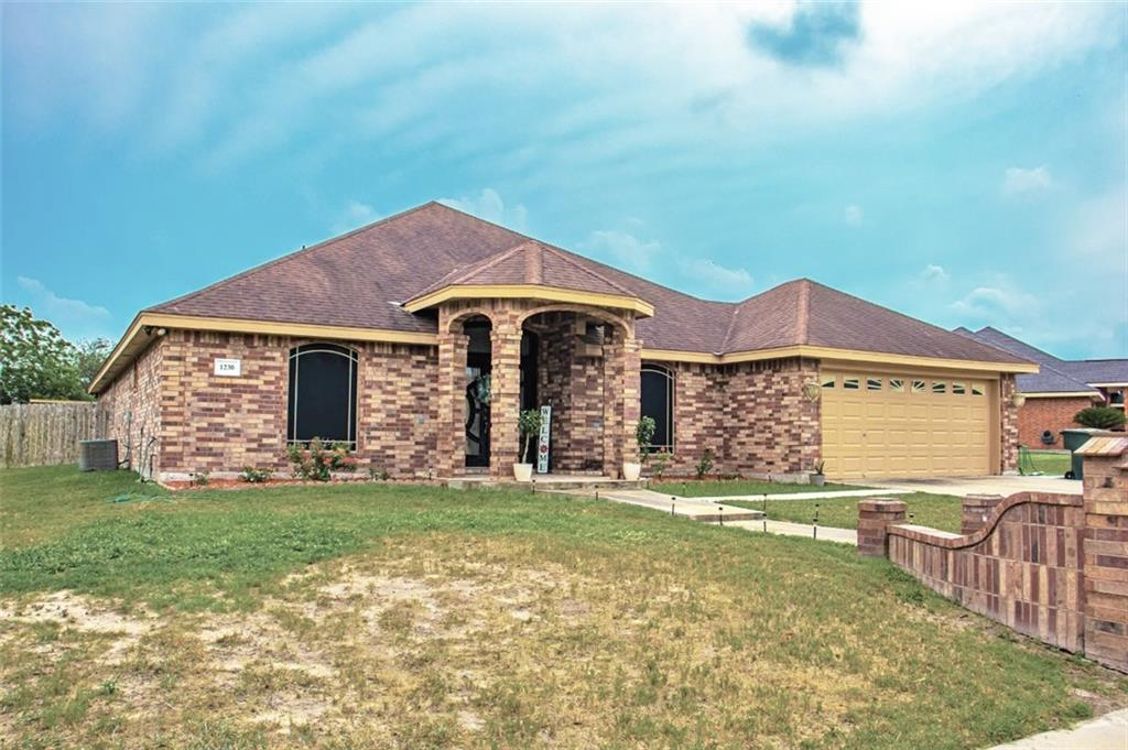 1230 Carlos Trail Property Photo - Alice, TX real estate listing