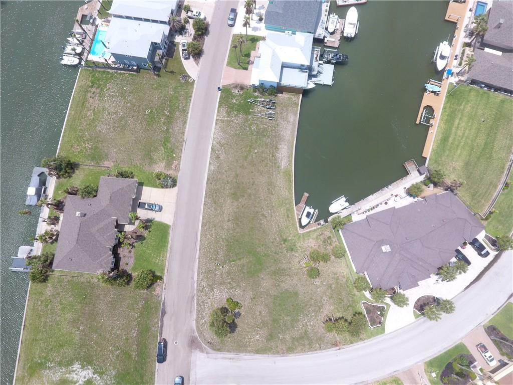 350 & 342 Bayside Drive Property Photo 1