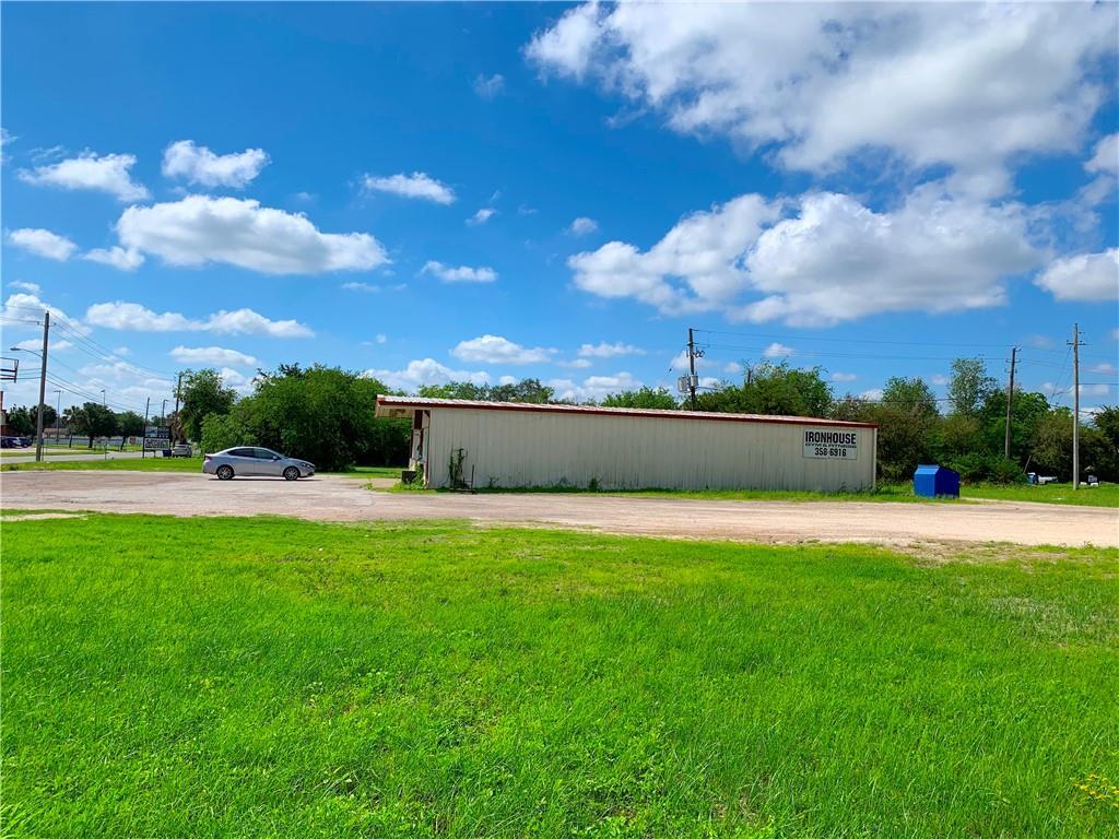 382334 Property Photo