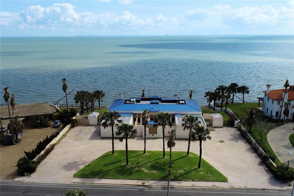4734 Ocean Drive Property Photo 1